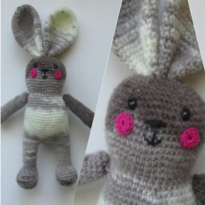 Adorable gray amigurumi bunny - free amigurumi pattern
