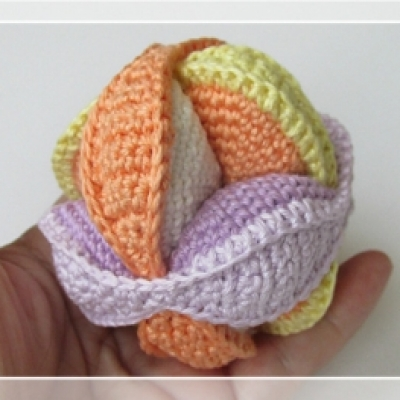 DIY Crochet puzzle baby ball - free crochet pattern