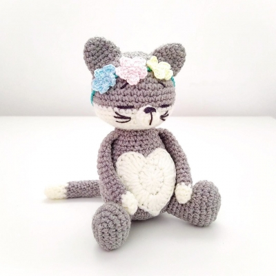 Egg-shaped cat | Free amigurumi and crochet patterns | lilleliis | 400x400