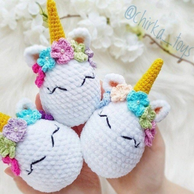 Crochet unicorn Easter egg (free amigurumi pattern)