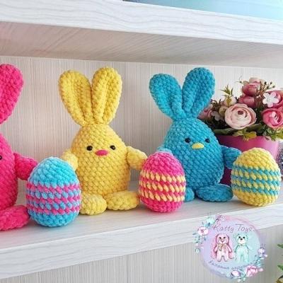 Amigurumi Easter egg bunny (free amigurumi pattern)