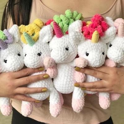 Soft amigurumi unicorn (free amigurumi pattern)