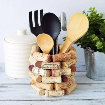 DIY Wine cork kitchen utensil holder - wine cork craft