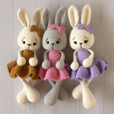 Cute amigurumi bunny in dress (free amigurumi pattern)