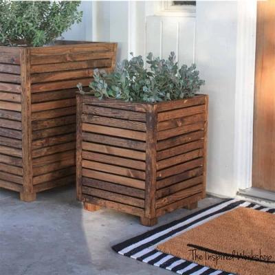 DIY Outdoor scrap wood planter