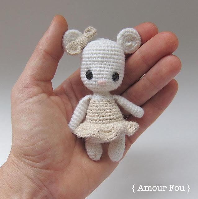 Tiny amigurumi mouse (free amigurumi pattern)