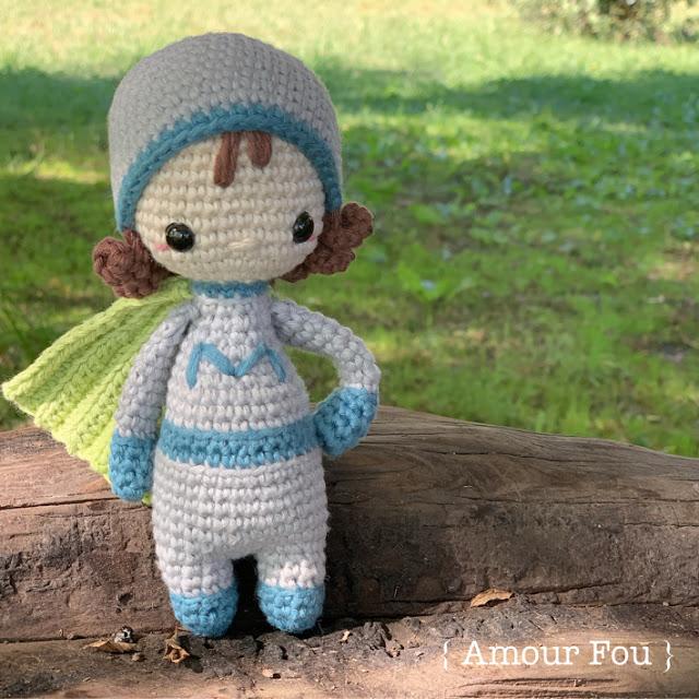 Super mom - amigurumi doll (free amigurumi pattern)