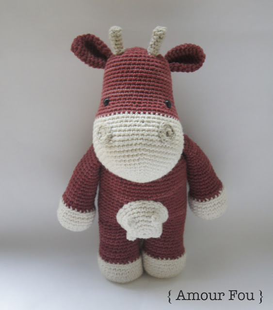 Angus the amigurumi cow (free amigurumi pattern)