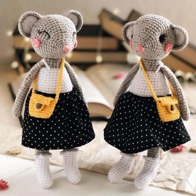 Adorable amigurumi mouse doll (free amigurumi pattern)