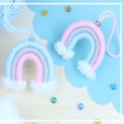 DIY Yarn rainbow - simple yarn craft for kids