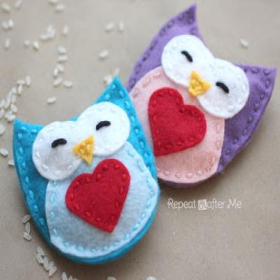 DIY Felt owl hand warmers (free sewing pattern)