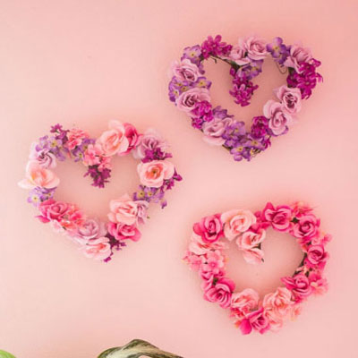 DIY floral heart wreaths - spring decoration