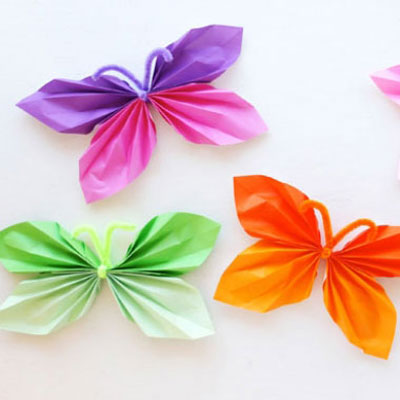 DIY paper butterfly garland