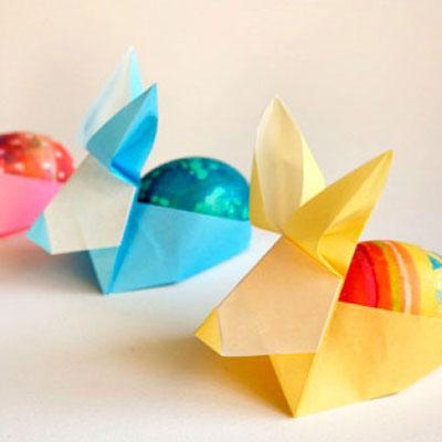 Easter egg holder origami rabbit