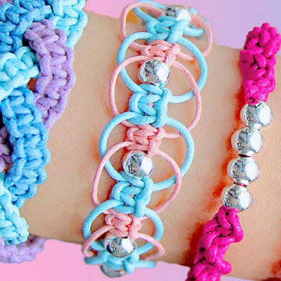 4 different DIY friendship bracelets