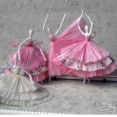 Beautifull paper napkin ballerinas