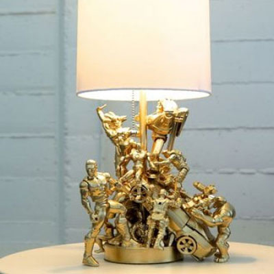 DIY action figure lamp - upcycling plastic toys