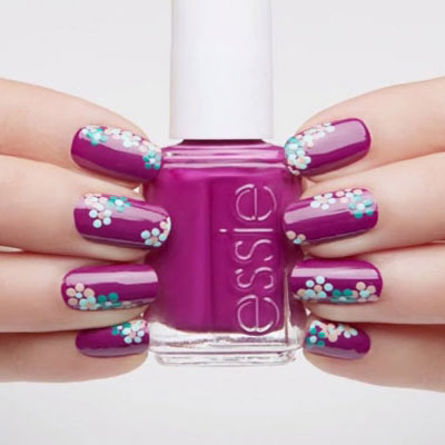 Dotted flowers - spring nail art
