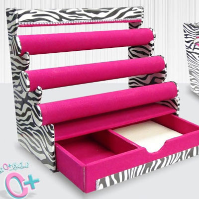 DIY Jewelry organizer box from paper junks