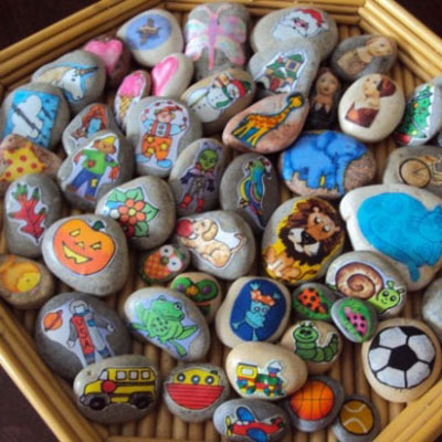 DIY story telling stones