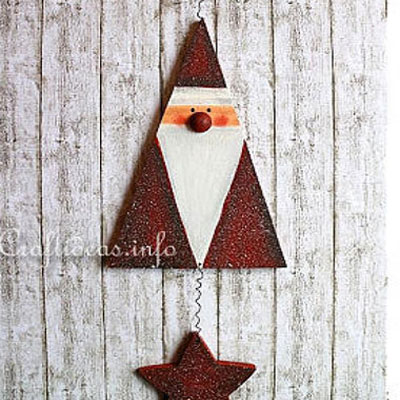DIY Wood triangle Santa mobile - Christmas decoration